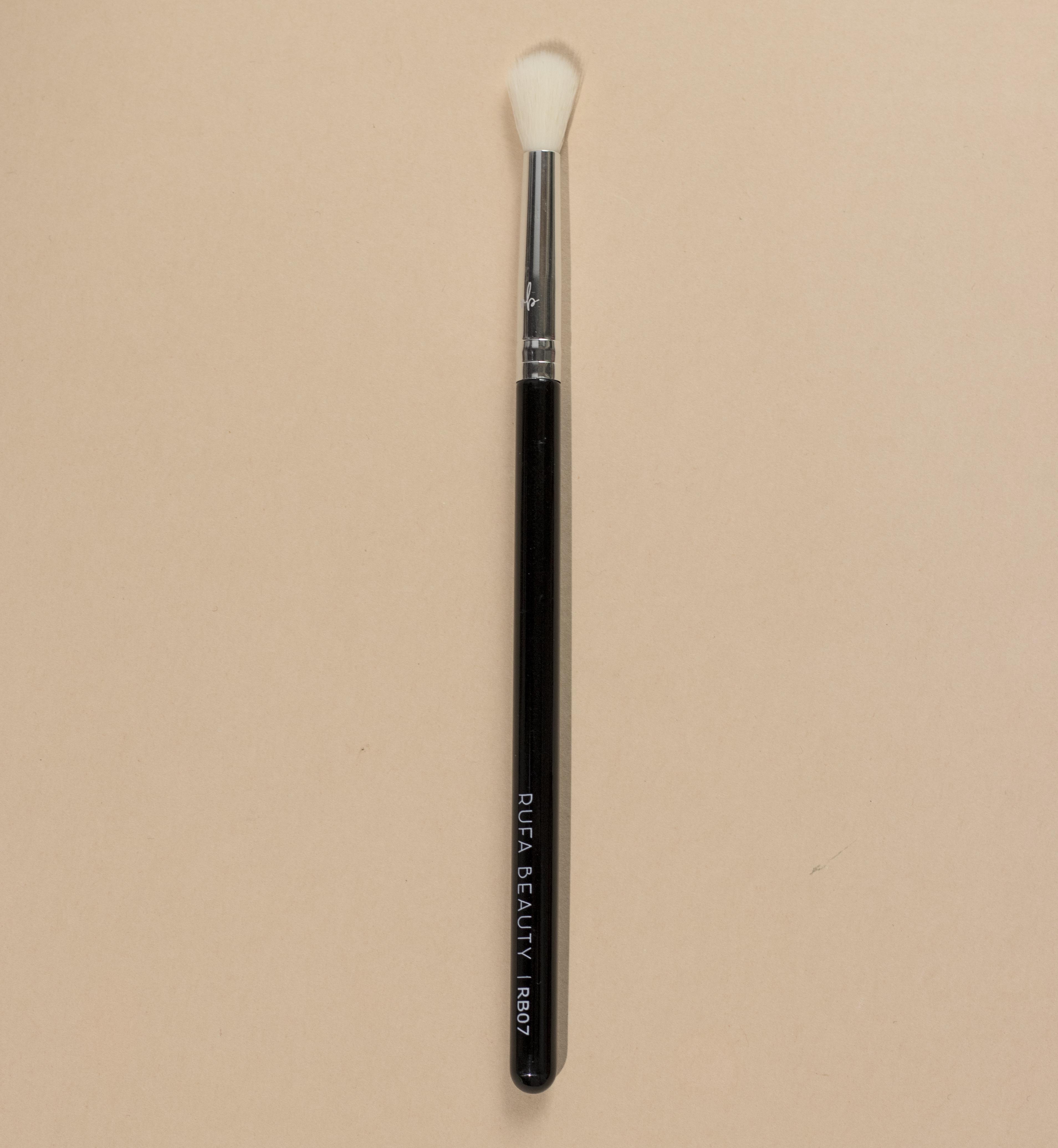 Eyeshadow Blending Brush RB07